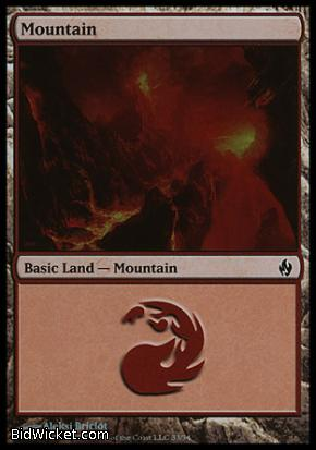 Mountain (33), Premium Deck Series: Fire and Lightning, Magic the Gathering